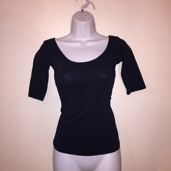 Top   3/4 Sleeve Fitted Black Stretchy Top